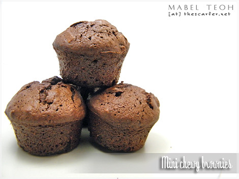 Mini chewy brownies