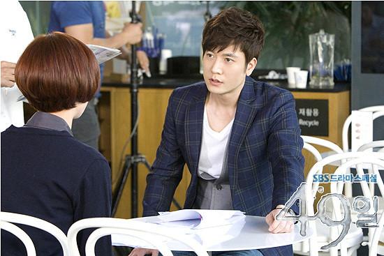49 Days / 49일 / 49 天: Jo Hyun Jae (Han Kang) [11.04.22]