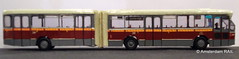 Home made Amsterdam articulated Mercedes city bus in HO scale (Amsterdam RAIL) Tags: mercedes ho 1977 187 maquette 249 gvb hoscale h0 modelisme modelism modelbus modelbouw zelfbouw mercedeso317gschenkhainje