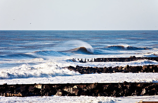 jetty wave