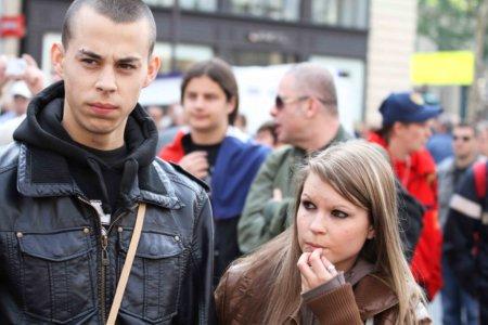 11e01MlPen y varios_0030 jóvenes obreros poco calificados