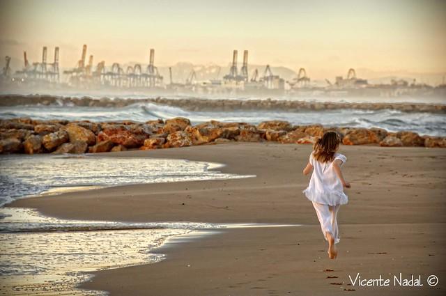 niña comunión playa amanecer 06 fotos nadal