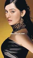Amrita Rao Hot side Pose (Bollyone) Tags: hot pose side amrita rao