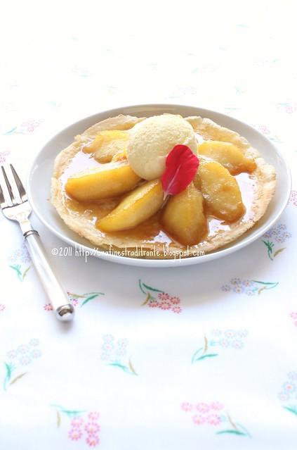 Crêpe tatin con gelato alla vaniglia