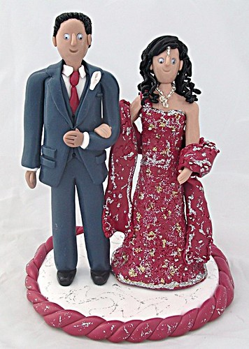 Asian Bride and Groom Wedding Cake Toppers by pauline@weddingtreasures