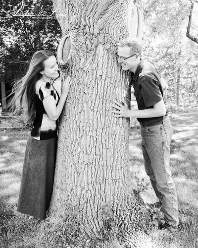 Rebecca&Ryan_Engaged_058_bw