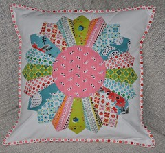 FMF Dresden Plate Pillow Front (Stitch 'n' Bits) Tags: pillow cushion fmf denyseschmidt dresdenplate fleamarketfancy quiltedpillow quiltedcushion picnicfairgroundsfabric