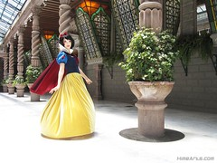 Someday my Prince will Come (A_Riddle) Tags: white snow costume princess cosplay disney snowwhite
