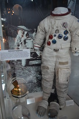 Steven F. Udvar-Hazy Center: Space exhibit, sa...