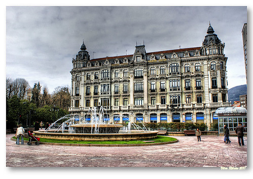 Plaza de la Escandalera #2 by VRfoto