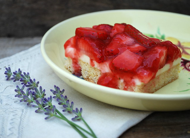 Strawberries & Cream Squares