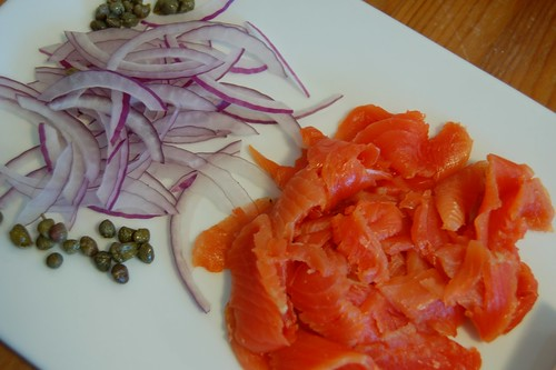 Gravlax with traditional accompaniments