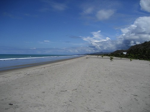 5892444758 2f2e964114 Ecuador Real Estate MLS   October 2011