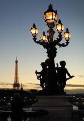 silhouette with Eiffel (lgh75) Tags: theparisphotographymeetupgroup paris sunset couchdesoleil bridge pontalexandreiii pont twilight toureiffel seine silhouette
