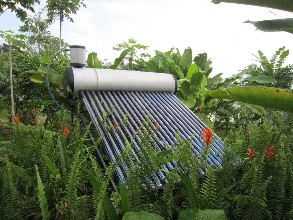 solar water heater, Maquenque Ecolodge