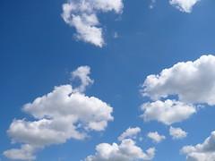 Blue Skies From Pain... 121 (oerendhard1) Tags: blue light summer clouds skies wolken blueskies lucht blauwe justclouds