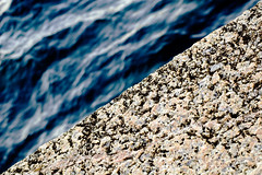 mar-piedra (Mikel Gasteiz) Tags: del de mar los san sebastian viento luis donosti euskadi donostia peña piedra guipuzcoa sebastián gipuzkoa harria itsaso peine vientos granito ganchegui
