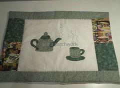 Pano de bandeja (tania patchwork) Tags: patchwork cozinha bule xicara panodebandeja