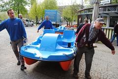 Pforzheim: Neue Wassertrettboote - 13.04.2011 (GoldstadtTV) Tags: wasser fluss enz trettboot wassertrettboot bootspick