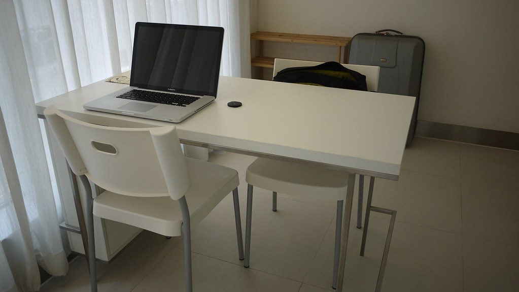 Table / MBP