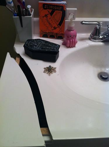 Aaaaand then i broke the sink. Fudge!