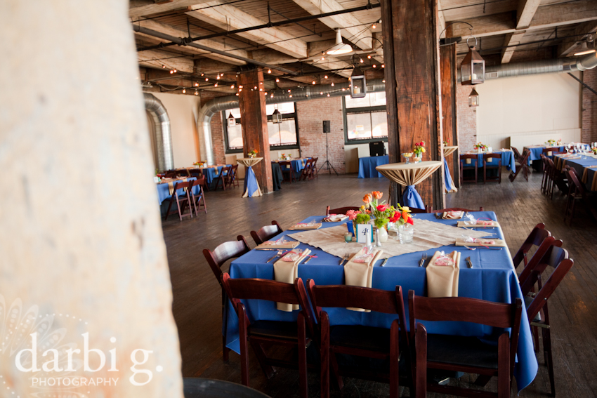 Darbi G Photography-Kansas city wedding photographer-hobbs building-DarbiGPhotography-041611-CaitJeff-w-5-161