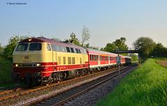 218 105-5 DB Regio (vsoe) Tags: germany deutschland bonn nrw tee mak verstärker 218 duisdorf nwagen rotbeige voreifelbahn