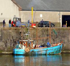 Kinloch unloading her catch (elaineh601) Tags: sea fish boat fishing shellfish catch kinloch trawler unload unloading