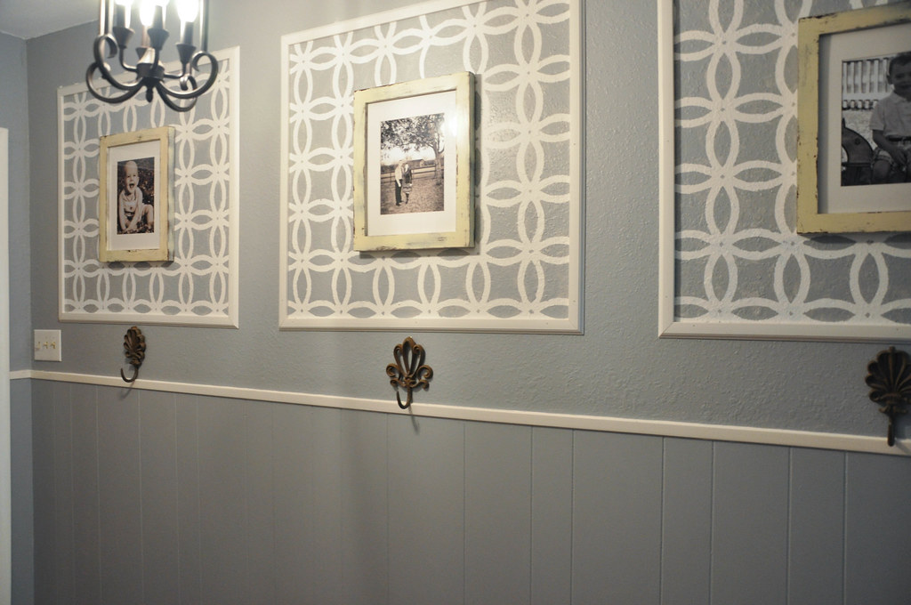 Reno Paint Mart >> In Between Laundry: Front Entry Makeover with Stenciling