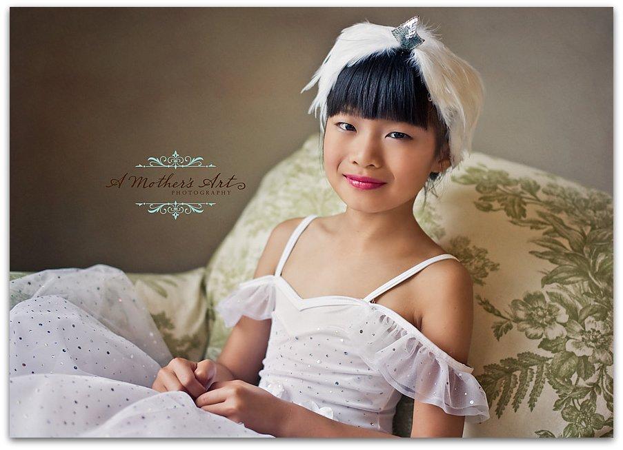 swan portrait 3 WM