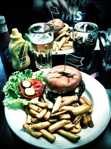 <span>madrid</span>Hard Rock Cafè<br><br>Buon appetito!!<p class='tag'>tag:<br/>luoghi | madrid | cibo | viaggio | </p>