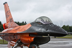 Netherlands - Air Force - J-015 - General Dynamics (Fokker) F-16AM Fighting Falcon (401) (Oscar von Bonsdorff) Tags: pictures orange canon suomi finland studio fighter turku martin photos pics jet special f16 pro lockheed tku sil photographing xsi hitec canon100400 fokker generaldynamics rnlaf klu canon100400l 100400l fightingfalcon schutte royalnetherlandsairforce koninklijkeluchtmacht multirole canonef100400mmf4556lisusm netherlandsairforce f16am solodisplayteam 450d 100400f4556l j015 eftu canon100400isusm canonefl turkuairport generaldynamicsf16fightingfalcon f16solodisplayteam canonis100400 f16demoteam oscarvonbonsdorff netherlandsarmedforces canonf45l tas2011 suomenilmailuliitto turkuairshow2011 turkuairshow biggestairshowinfinland2011 mainairshow2011 boflygshow turunlentonyts niederlndischeluftstreitkrfte   finlandairshow mainaviationeventinfinland2011 biggestairshowinfinland finlandairshow2011 tobiashitecschutte f16fightingfalconmlu