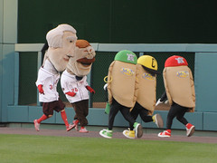 Pittsburgh's Pierogies take on the Nationals' racing presidents