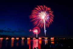 Magic Kingdom - 4th of July from Polynesian (Jeff Krause Photography) Tags: fireworks lagoon disney wdw magickingdom polynesian