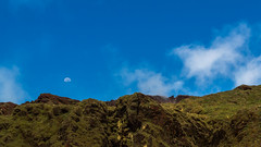Lune - Soufrire - [Guadeloupe] (Thierry CHARDES) Tags: sigma1750mmf28 fumerolles moon lune france antilles carabes caribbean basseterre volcan soufrire