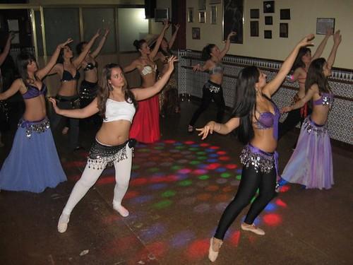 Image result for El ejercicio de la danza árabe
