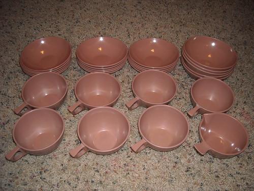 Melmac Bowls & Cups