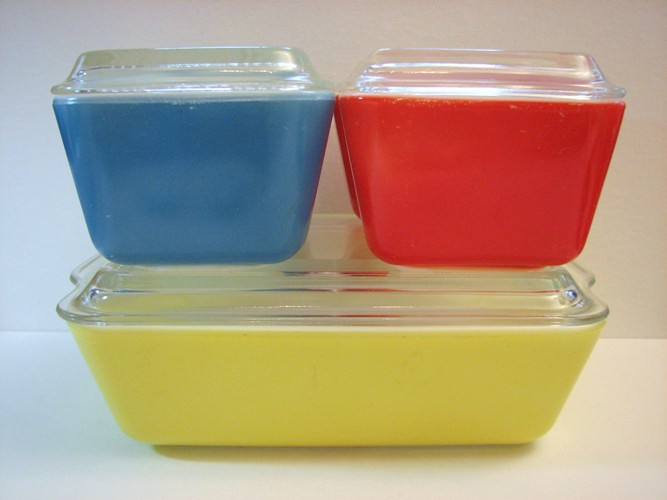 Vintage Pyrex Primary Colors Refrigerator Dishes...