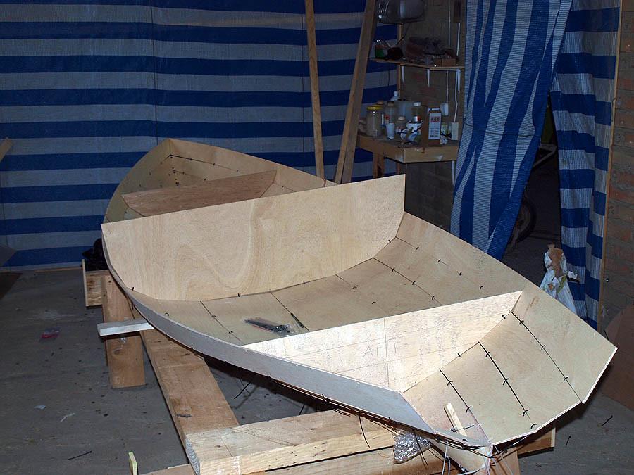 Una barca de remos 5592827278_a2aa7656f9_b