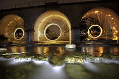 Allondon Bridge Sparkles (Alejandro Prez) Tags: bridge wool water night wire arch rivire pont manu nuit sance longueexposition longueexposure allondon