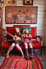 Dove and Grace in the studio ({studiobeerhorst}-bbmarie) Tags: red art folkart fine grandrapids artshows ragrug artstudios artandmusic childrenandart artandfamily beerhorstfamily