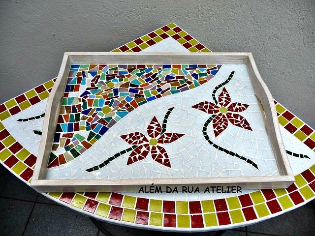 bandeja em mosaico