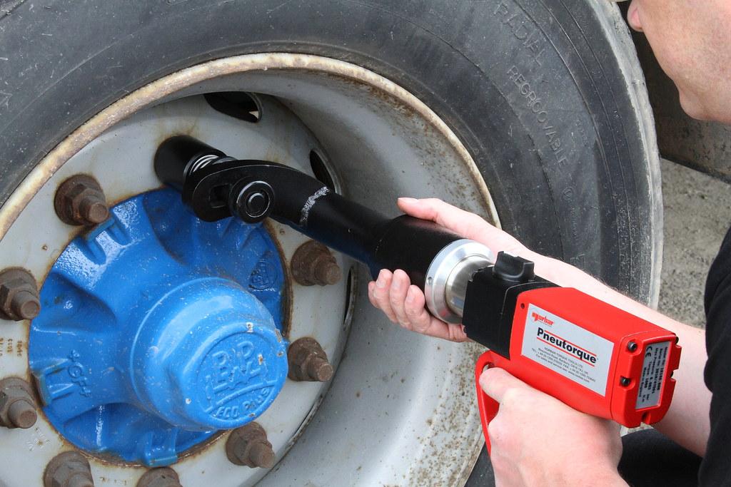 TrukTorque on truck rear wheel bolts