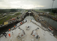 USNS Comfort transits the Panama Canal.