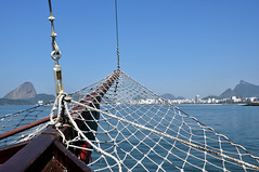 Boat tour through Guanabara Bay