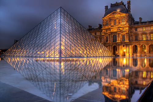 Louvre at first sight..... by arrongent