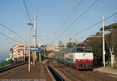 E.444.094 a Genova Nervi (Matteo Rovatti) Tags: sea train riviera mare liguria genova treno nervi e444r e444 e444094