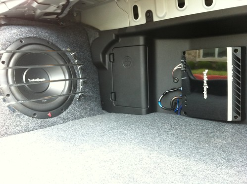 F D F on Mitsubishi Lancer Location Of Amplifier