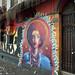 Murale di un locale notturno nel barrio Bellavista in Santiago