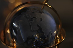 The Magic Globe (TheEye4Art) Tags: light dark gold globe map magic theworld canoneos550d